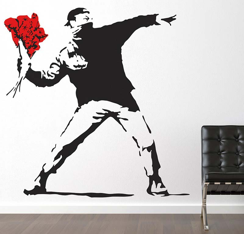 immagine-4-banksy-throwing-flowers-